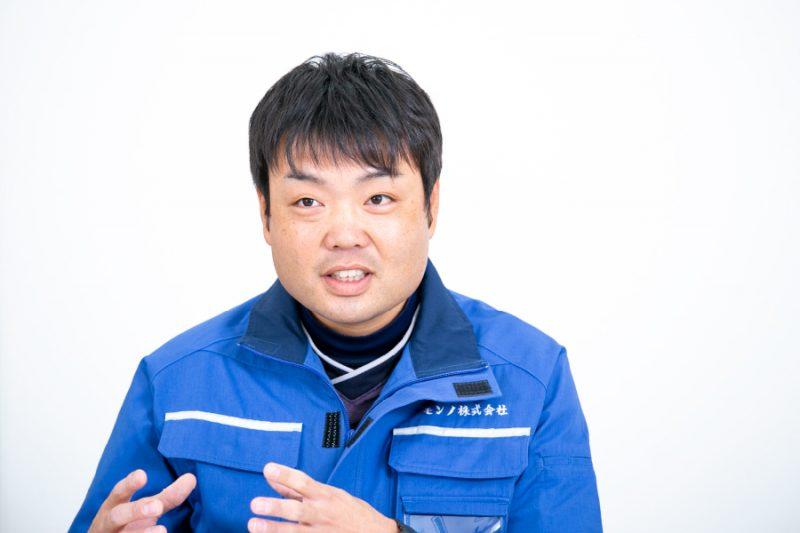 岡田憲洋写真
